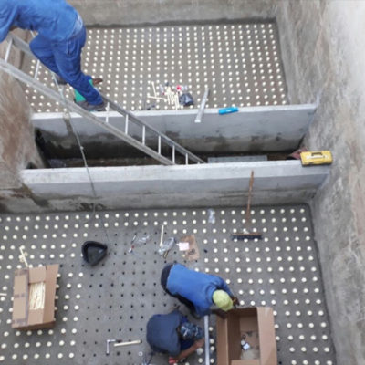 Installation of filter nozzles